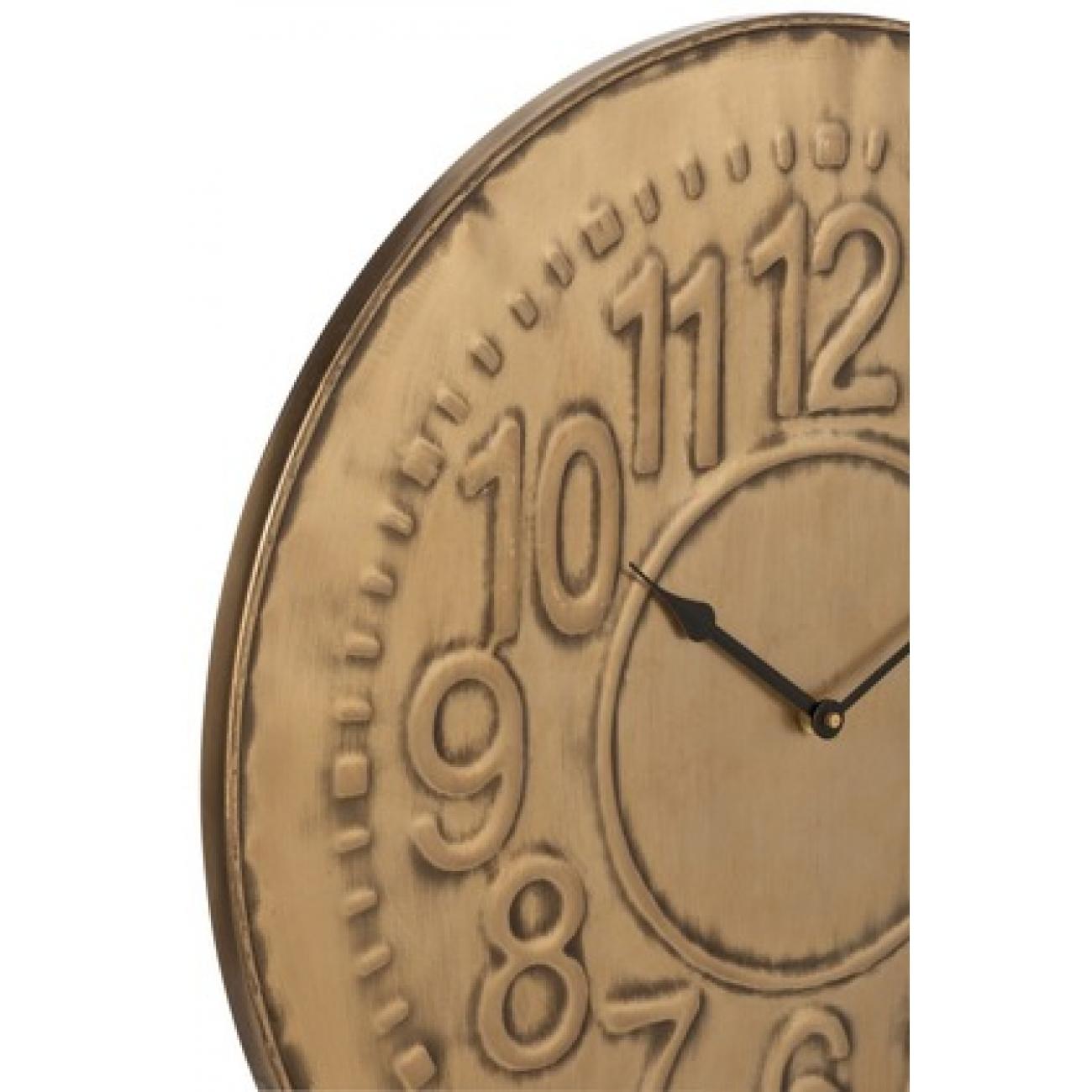 Настенные часы J-LINE круглые в стильном металлическом корпусе бронзового оттенка с арабскими цифрами диаметр 57 см