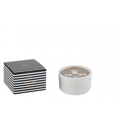 Свеча J-LINE ароматическая  в фарфоровой шкатулке на 3 фитиля Аромат бергамот белый чай и цитрус  белая