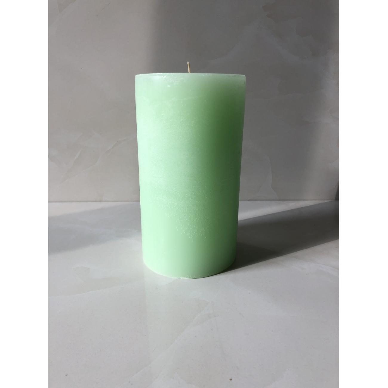 Свеча J-LINE  20х10 см ароматическая зеленого цвета